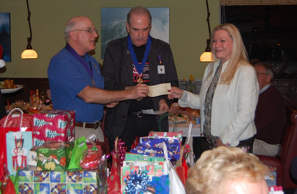 knights-out-christmas-party_8191